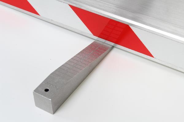 Přesný měřící klínek MK11 pro měření nerovností v rozmezí 0.5 - 11 mm, fotografie 1/2