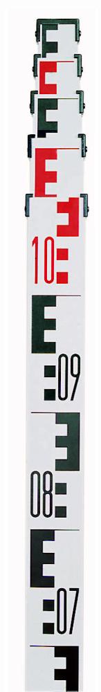 Mini nivelační lať NL 25-0 s maximální délkou 2,5 m a ve složeném stavu pouze 70 cm