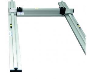 BASIS set pro podlaháře sestávající z 1 nastavitelné latě a 2 stahovacích kolejnic