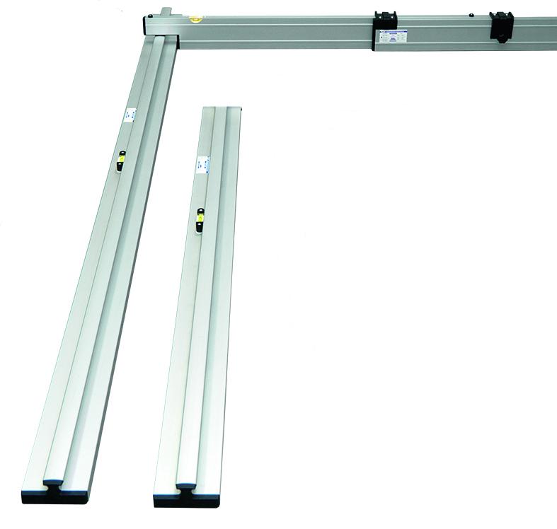 Nivelo VARIA set pro podlaháře sestávající z 1 nastavitelné latě a 4 stahovacích kolejnic