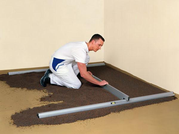 Nivelo PROFI set pro podlaháře sestávající ze 2 nastavitelných latí a 4 stahovacích kolejnic, fotografie 1/5