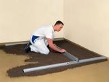 PLUS set pro podlaháře sestávající z 2 nastavitelných latí, 5 stahovacích kolejnic a 3 spojek, fotografie 1/9