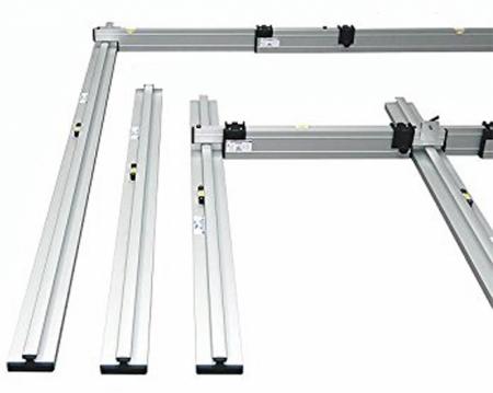 PLUS set pro podlaháře sestávající z 2 nastavitelných latí, 5 stahovacích kolejnic a 3 spojek