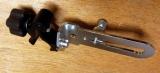 Držák BSS-01 pro připevnění liniových laserů na rozpěrnou tyč nebo kovové a dřevěné profily kruhového průřezu, fotografie 15/8