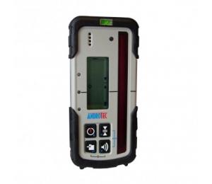 Velmi přesný přijímač METOR pro lasery s červeným paprskem se zobrazením výšky v mm