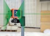 Cube je zelený křízový laser s přesností +/- 3mm / 10m a dosahem 25m, fotografie 5/4